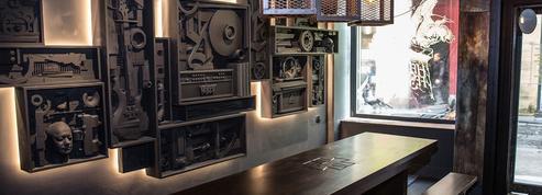 Le Hellfest Corner, nouveau bar métalleux, s'ouvre près des Halles à Paris