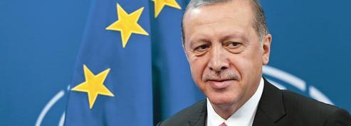 Migrants: Erdogan tire parti de la faiblesse de l'Europe