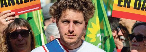 Julien Bayou, un activiste àlatête des écologistes?