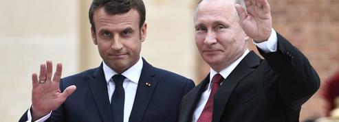 Macron face aux rêves et aux pièges de l'ouverture à la Russie