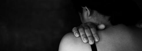 Exorcisme, hypnose, retraite religieuse... les «thérapies de conversion» dans le viseur