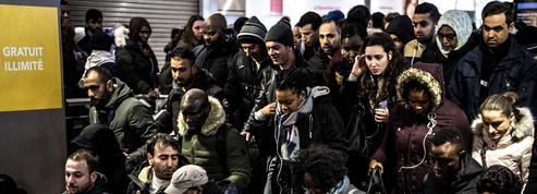 Tensions, exaspération, insultes... L'heure de pointe à Gare du Nord pendant la grève