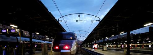 Grève à la SNCF: face aux «ultras», l'exécutif brandit la menace des réquisitions