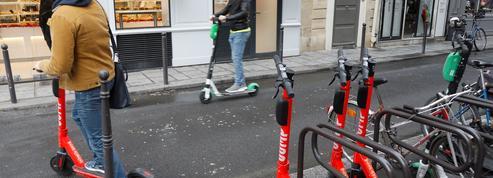 À Paris, les opérateurs de deux-roues en libre-service débordés par la demande