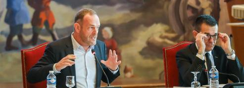 À Hénin-Beaumont, les déçus du maire restent silencieux