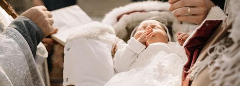 Des actes de baptême sans mention de «père» ou de «mère»