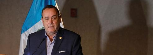 Le conservateur Alejandro Giammattei prend la tête du Guatemala