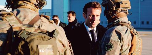 Emmanuel Macron annonce le déploiement du «Charles de Gaulle» au Moyen-Orient