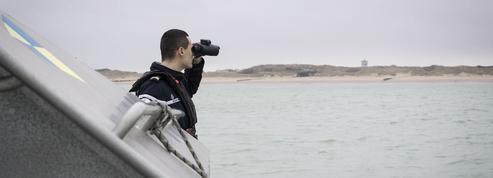 Migrants: les gendarmes à l'affût des «small boats»