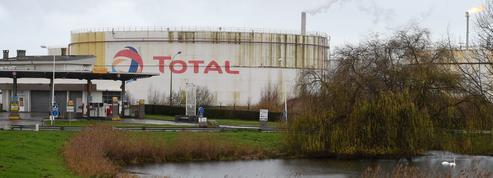 Les cours du pétrole et du gaz pèsent sur les bénéfices de Total