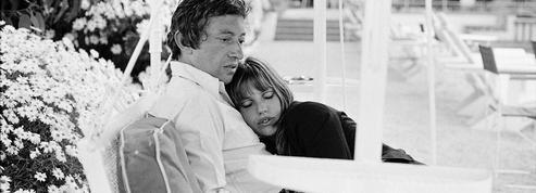 Connaissez-vous les couples d'amoureux mythiques à Paris?