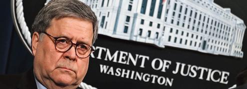 Justice: le procureur général William Barr critique les interventions de Trump