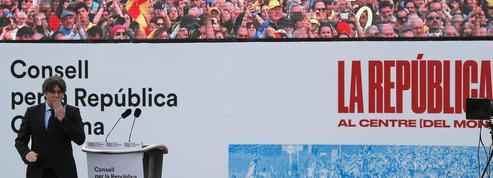Catalogne: la démonstration de force de Puigdemont à Perpignan