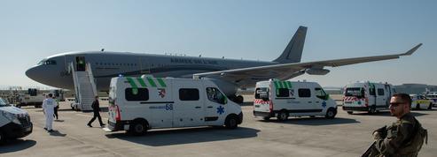 Première évacuation militaire de malades du coronavirus