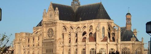 Que savez-vous des églises parisiennes les plus insolites?