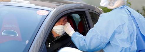 Tests contre le coronavirus: une campagne d'ampleur difficile à mettre en œuvre