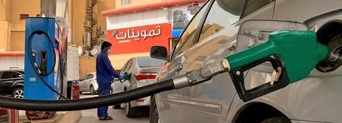 La chute du pétrole et le Covid-19 fragilisent les pays du Golfe