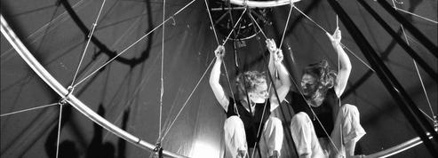 L'Envolée cirque arrêtée en plein élan