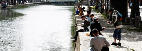 À Paris, des attroupements inquiètent des habitants du 10e