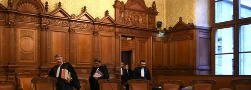 Risques juridiques liés au Covid: le retour inattendu de la Cour de justice de la République