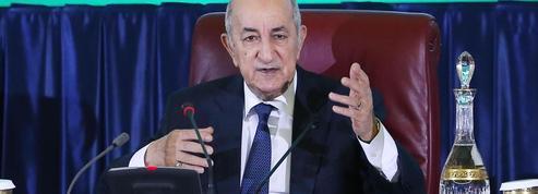 Dans l'Algérie confinée, l'armée joue l'appui de la France