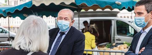 Municipales: à Lyon, Collomb se tourne vers la droite