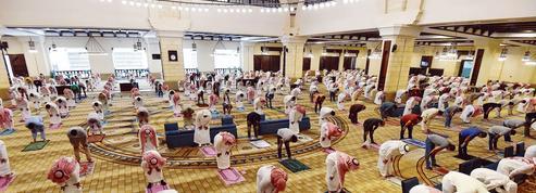 Arabie saoudite: les mosquées rouvrent leurs portes aux fidèles