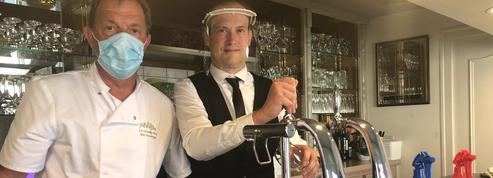 Premier service en terrasse pour un restaurant rural de la Mayenne