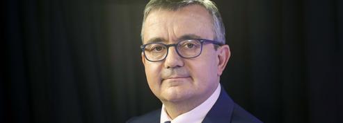 Covid-19: la France doit retrouver ses usines