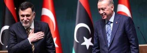«L'armée turque s'installe en Libye: versun nouveau chantage aux migrantsd'Erdogan?»