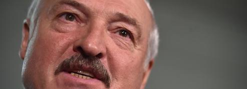 Alexandre Loukachenko cadenasse l'opposition en Biélorussie