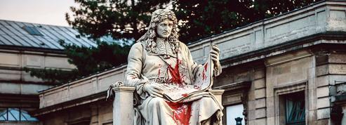 Statues vandalisées: ces activistes qui veulent «purifier» l'Histoire de France