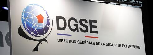 Soupçonnés de trahison, des espions français devant la justice