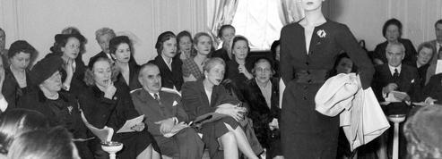 Le défilé Dior en 1956: une effervescence bien réelle