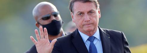 Covid-19: au Brésil, Jair Bolsonaro rattrapé par la «grippette»