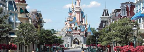 Covid-19: Disneyland Paris rouvre prudemment ses portes