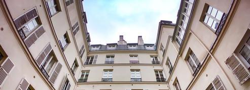 Le drôle de marché de la mairie de Paris pour les loueurs Airbnb illégaux