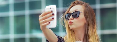 Ce que notre rapport au selfie dit de nous