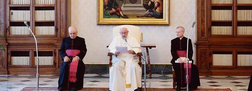 Le pape demande un accès égal à un futur vaccin contre le Covid