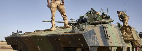 Coup d'État militaire au Mali: «Barkhane se retrouve visible au cœur du désordre»