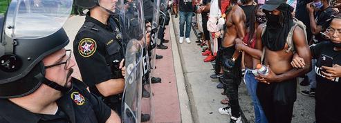 Trois mois après la mort de George Floyd, l'Amérique sous le choc d'une autre bavure policière