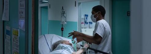 Coronavirus: la première vague épidémique, un tsunami psychique pour les soignants