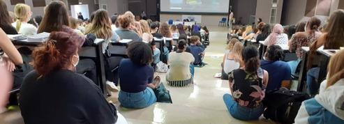 Amphis pleins à craquer: la rentrée fait polémique dans plusieurs universités françaises