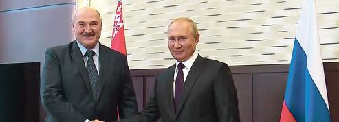 Biélorussie: Poutine affiche son soutien à Loukachenko
