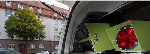 Plus de 400 voitures-radars sillonnent incognito les routes de France
