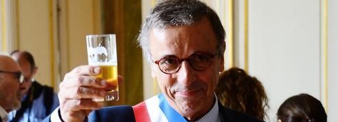 """Interdiction du sapin de Noël: «Le maire de Bordeaux traite de """"facho"""" quiconque s'oppose à lui»"""