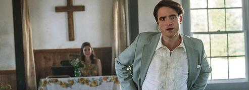 Les flamboyants démons de Robert Pattinson dans Le diable, tout le temps
