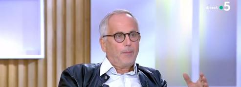 Invité de Cà vous sur France 5, Fabrice Luchini émet le désir d'incarner Didier Raoult