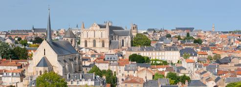 À Poitiers, un étudiant chute du 6e étage lors d'une soirée