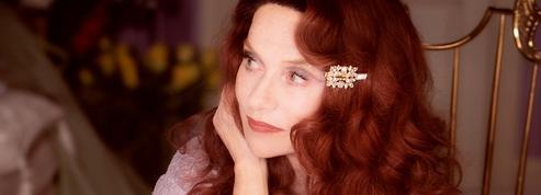 Isabelle Huppert: «Sur scène, le vêtement est une armure. Dans la vie, c'est plus compliqué»